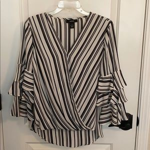 Alfani black and white top.